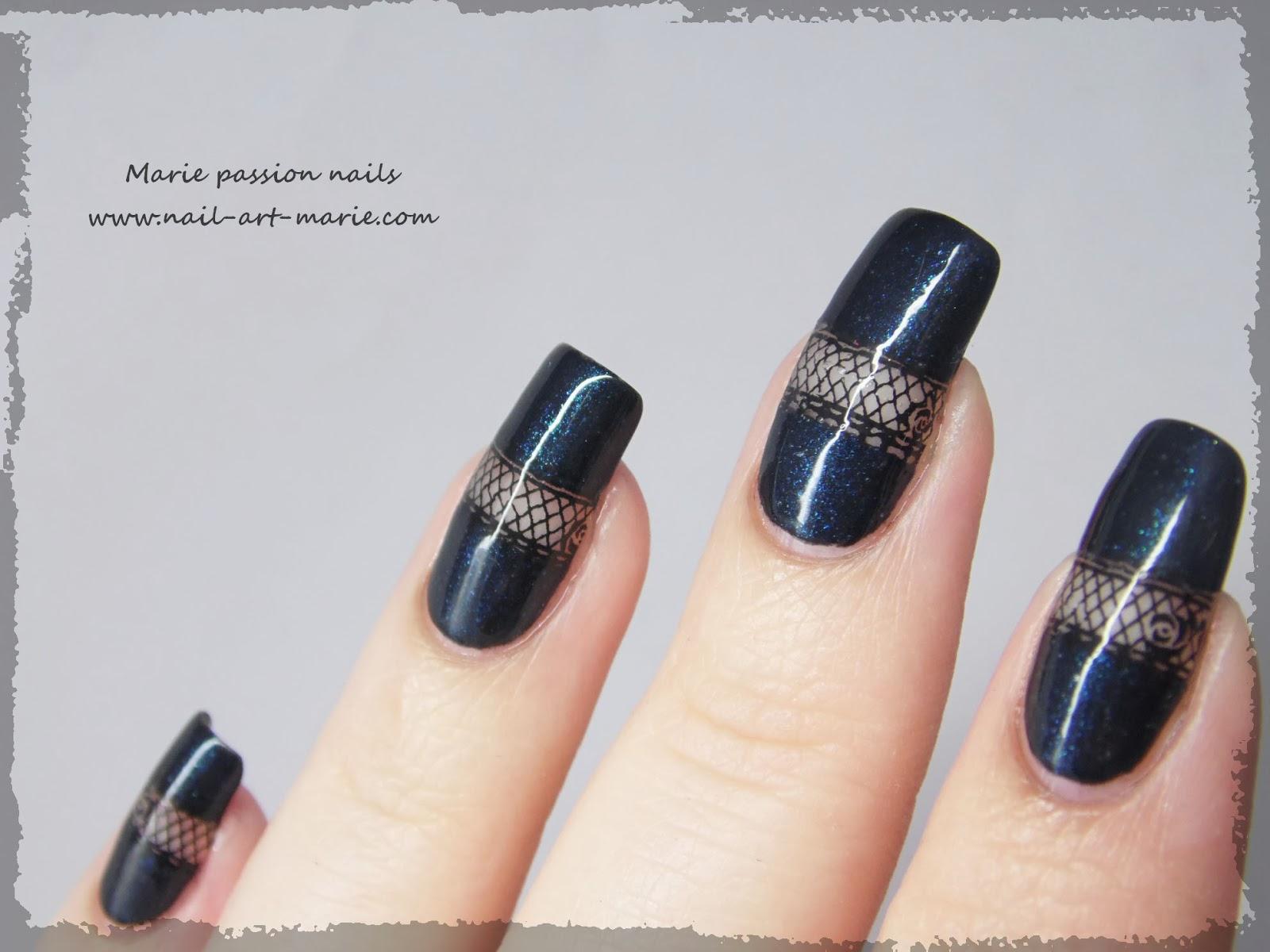 Nail art bande de résille4