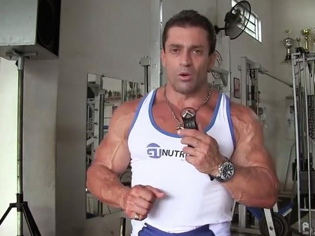 """""""A lei do esforço é que faz você realmente ser campeão"""", diz Sardinha. Foto: You Tube/Reprodução"""