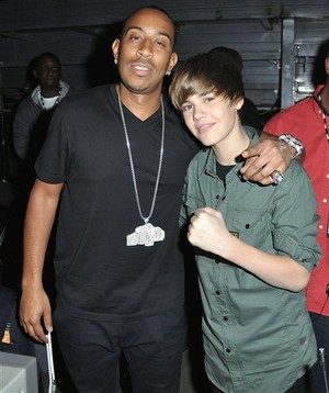 Lyrics Baby Justin Bieber on Justin Bieber Ft  Ludacris   Baby Lyrics
