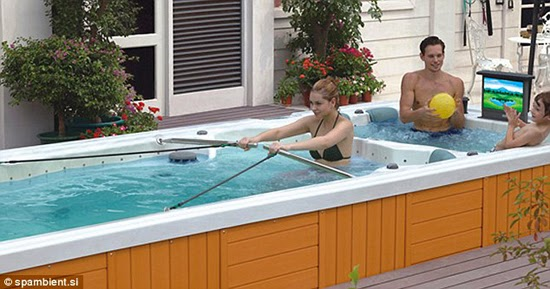 having gym exercise in the outdoor tub | Vietnam Outdoor Furniture