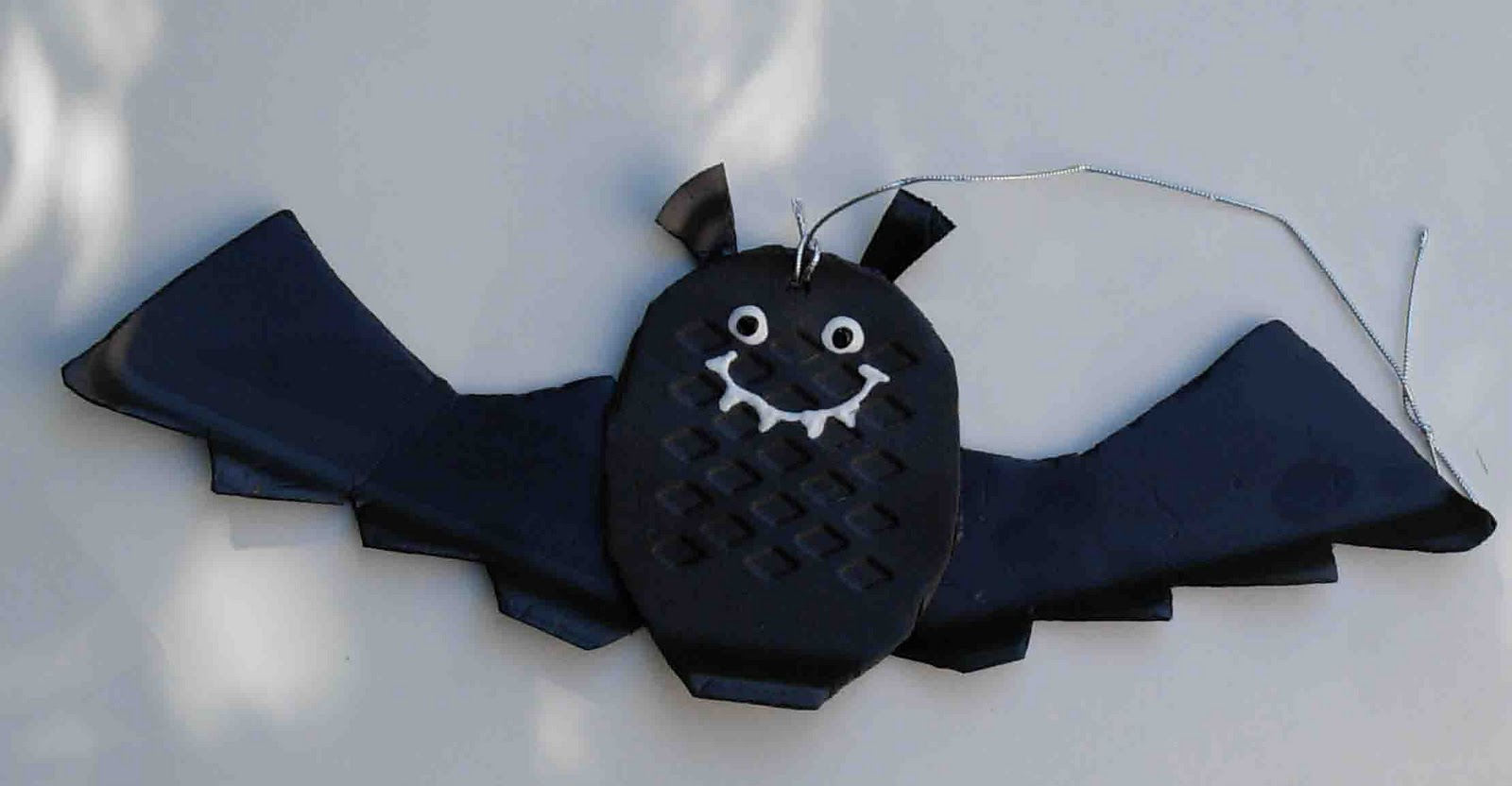 Bat Decorations From Foam Veggie Trays