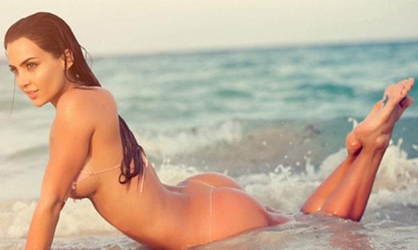 Natalia Velez Sexy in Bikini