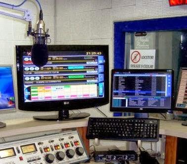 RáDIO MUSIC STAR  WEB TWB (PAULOSILVASOM)