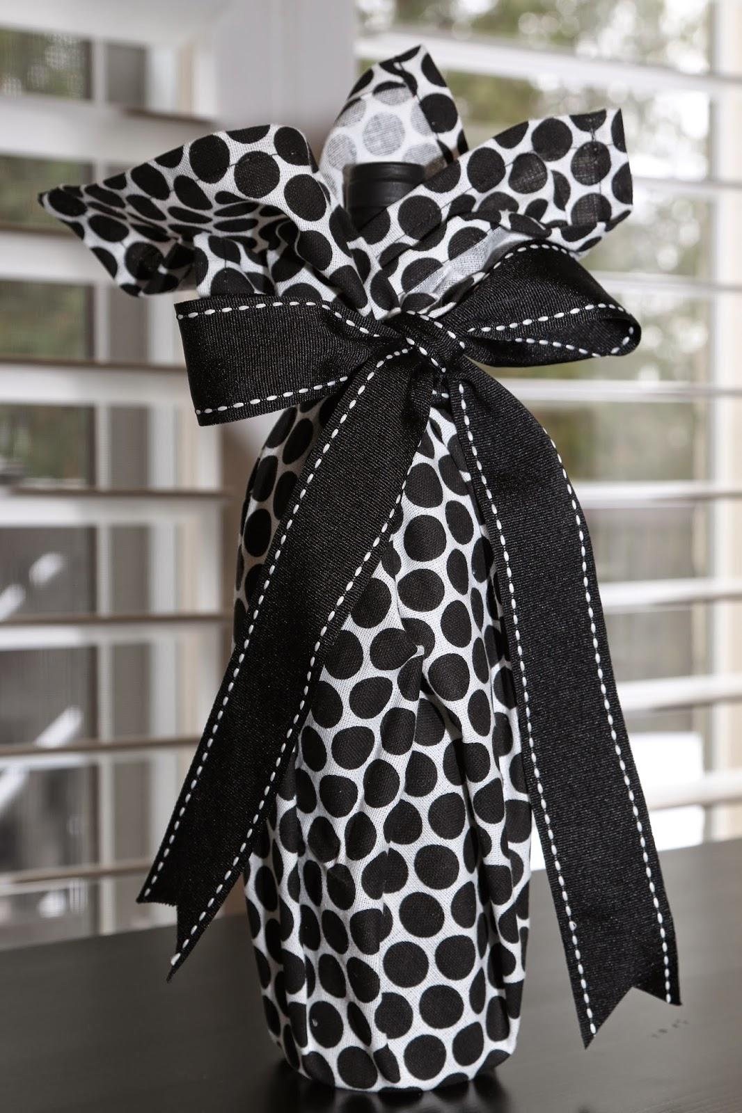 Tea Towel Wine Bottle Wrapping Image