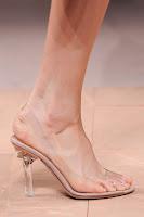 Прозрачни обувки на висок ток Valentino