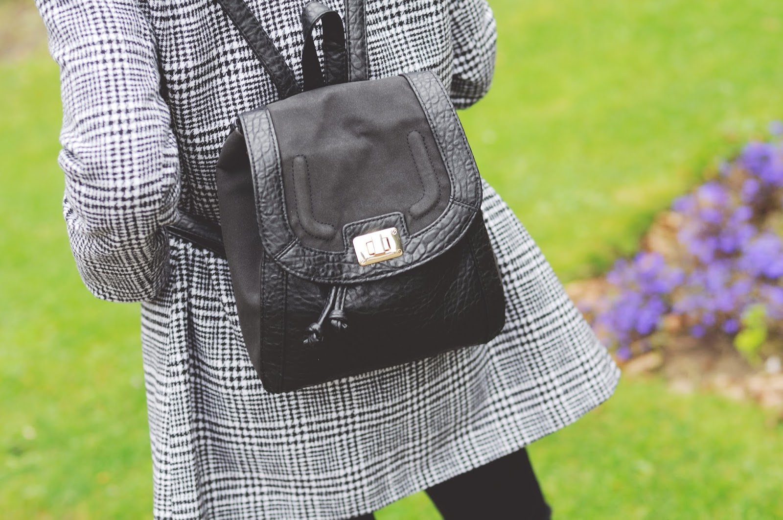90s style rucksack, black rucksack