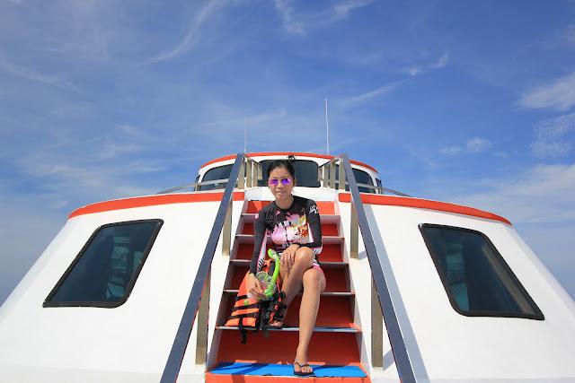 snorkeling phi phi island hopping mumzilla singapore travelogue travel blog
