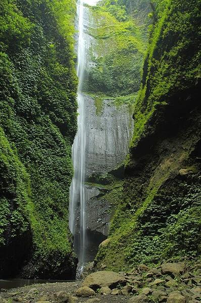lokasi air terjun madakaripura