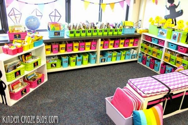 organized kindergarten classroom library