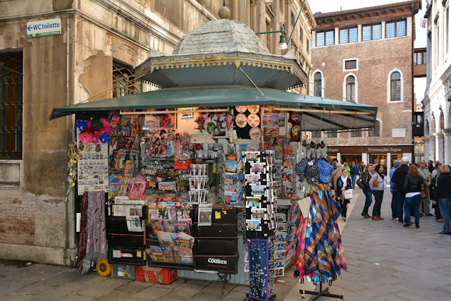 Venice General Impressions kiosk
