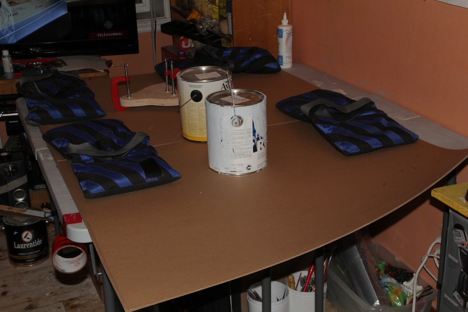 imo de raphan travail sur les maquettes 19 avril 2013. Black Bedroom Furniture Sets. Home Design Ideas