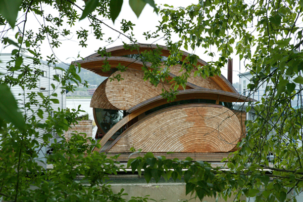 The Well-Appointed Catwalk: Organic Architecture by Robert Harvey ...