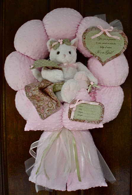 46. Pink Kitty Wreath