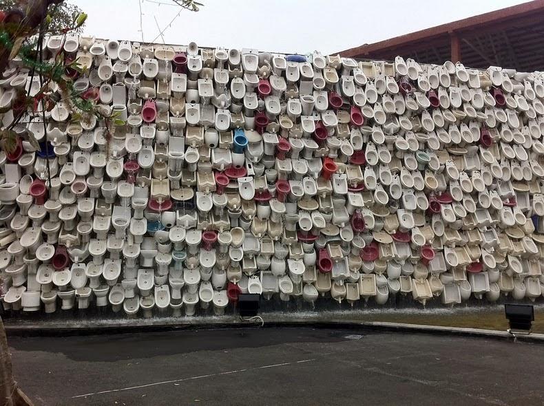 La cascada de inodoros en Foshan, China