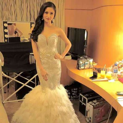 Kim Chiu's outfit in Star Magic Ball 2012