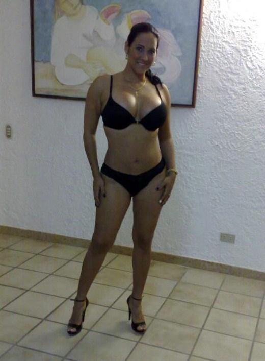 Market Nude Girl: Anabela, madura mamelluda veneçolana