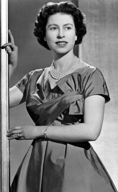 Reina Isabel II de Inglaterra joven