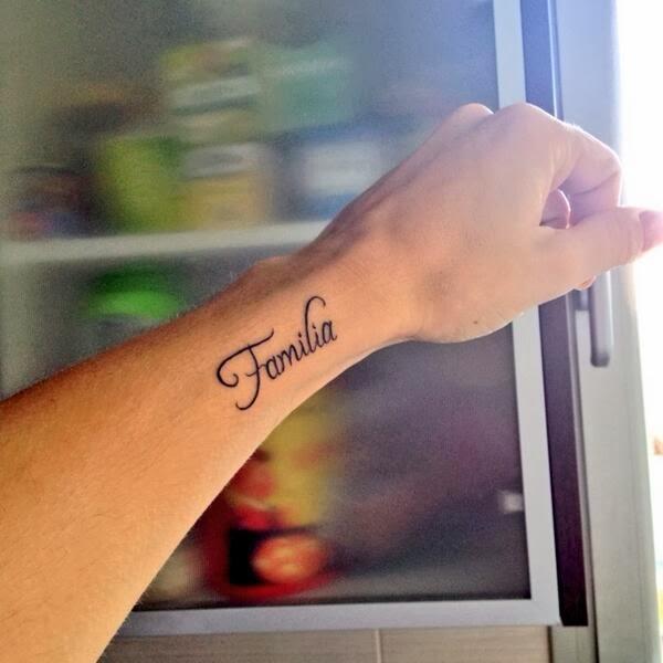 Miles De Estrellas Fans De Rosa Lopez Rosa Lopez Se Hace Un Tatuaje