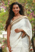 Anu Priya latest Photos Gallery-thumbnail-8