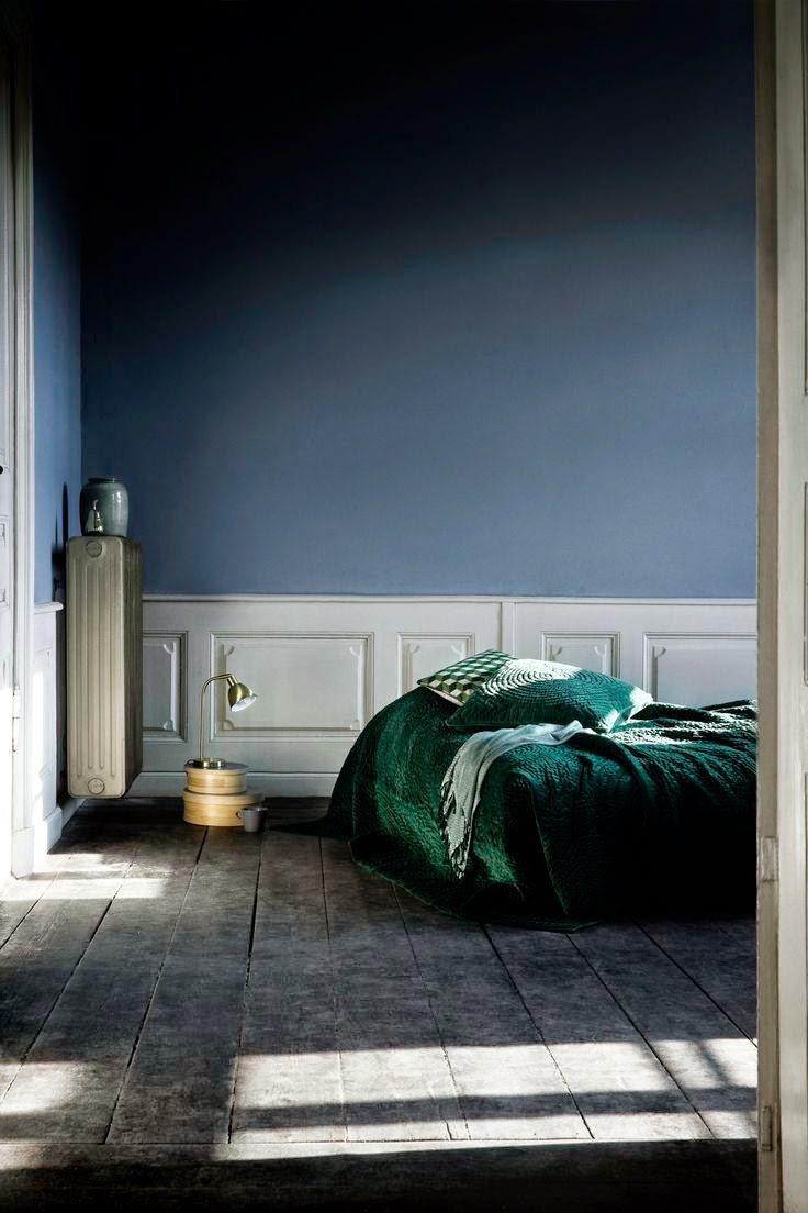 chambre mur gris et bleu avec des id es. Black Bedroom Furniture Sets. Home Design Ideas