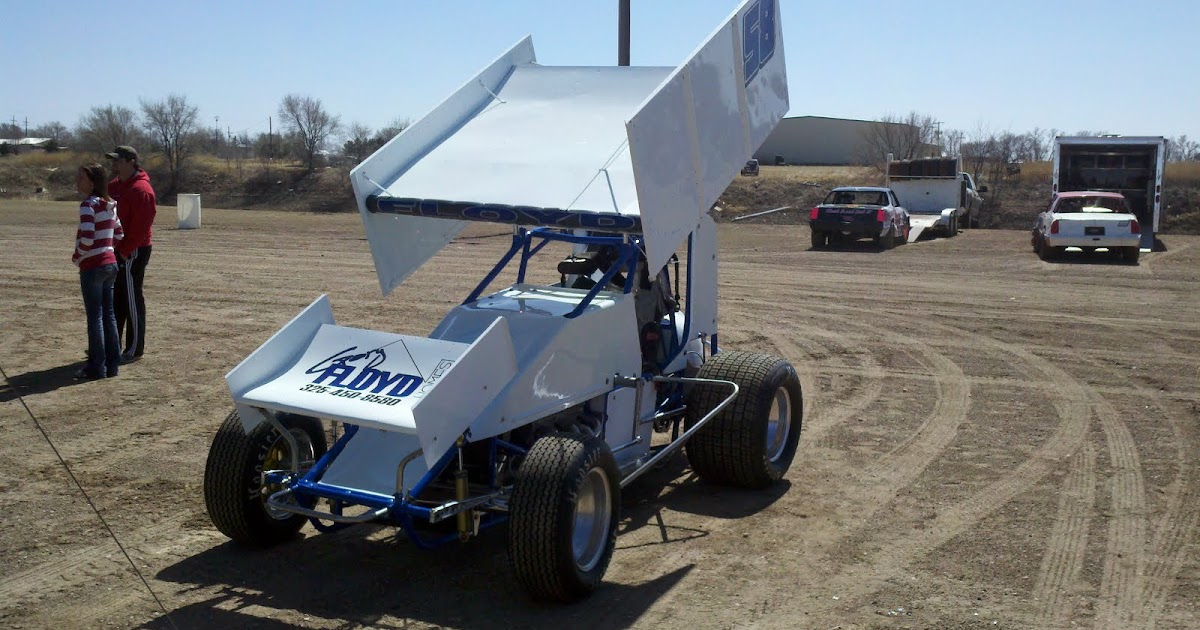 yaw moment racing test day in a 305 sprint car last weekend. Black Bedroom Furniture Sets. Home Design Ideas