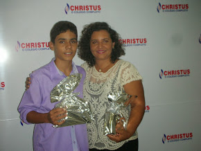 1º Lugar no Concurso de Redação do Colégio Christus 2013, na categoria aluno do 9º ANO