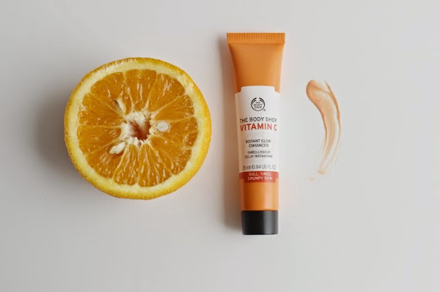 The Body Shop Vitamin C Glow Boosting Collection