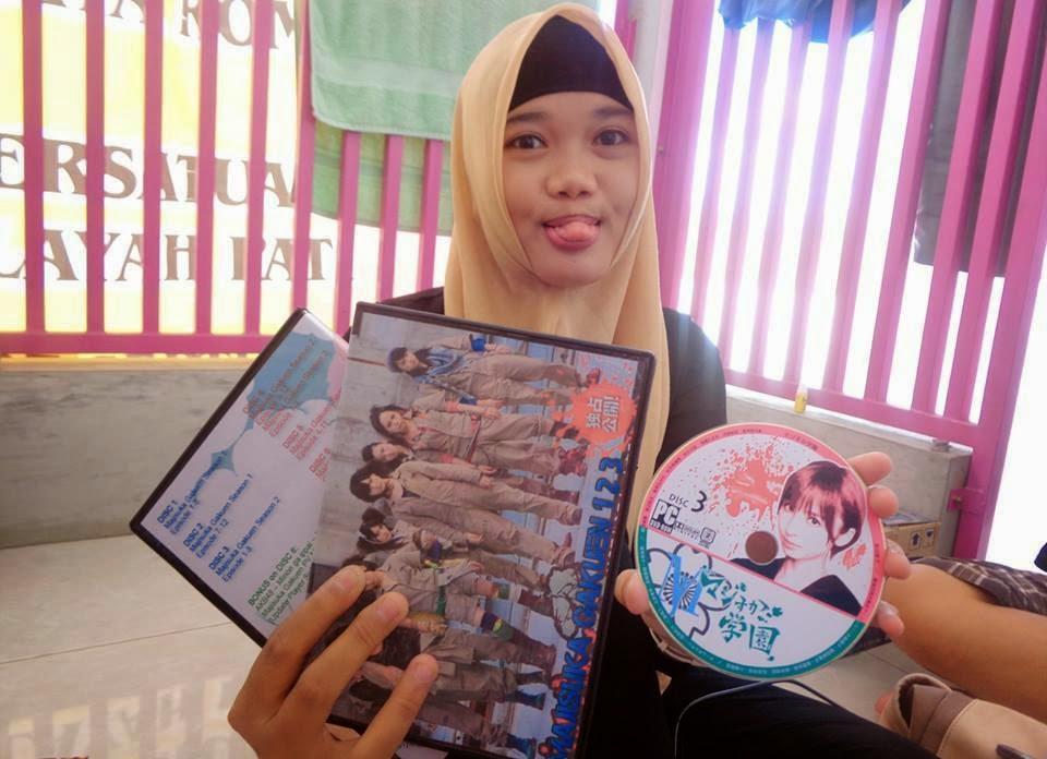 Jasa Perbanyak CD/DVD