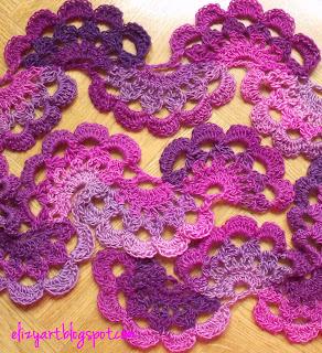 http://elizyart.blogspot.com.es/2012/11/anesha-lace-scarf.html