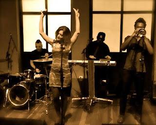 Banda Som Noir agita o Jazz In Champanheria
