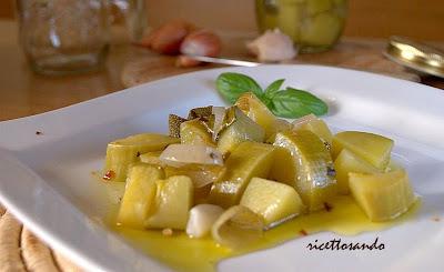 Antipasto di zucchine sottovetro