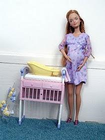 Proses Persalinan Boneka Barbie