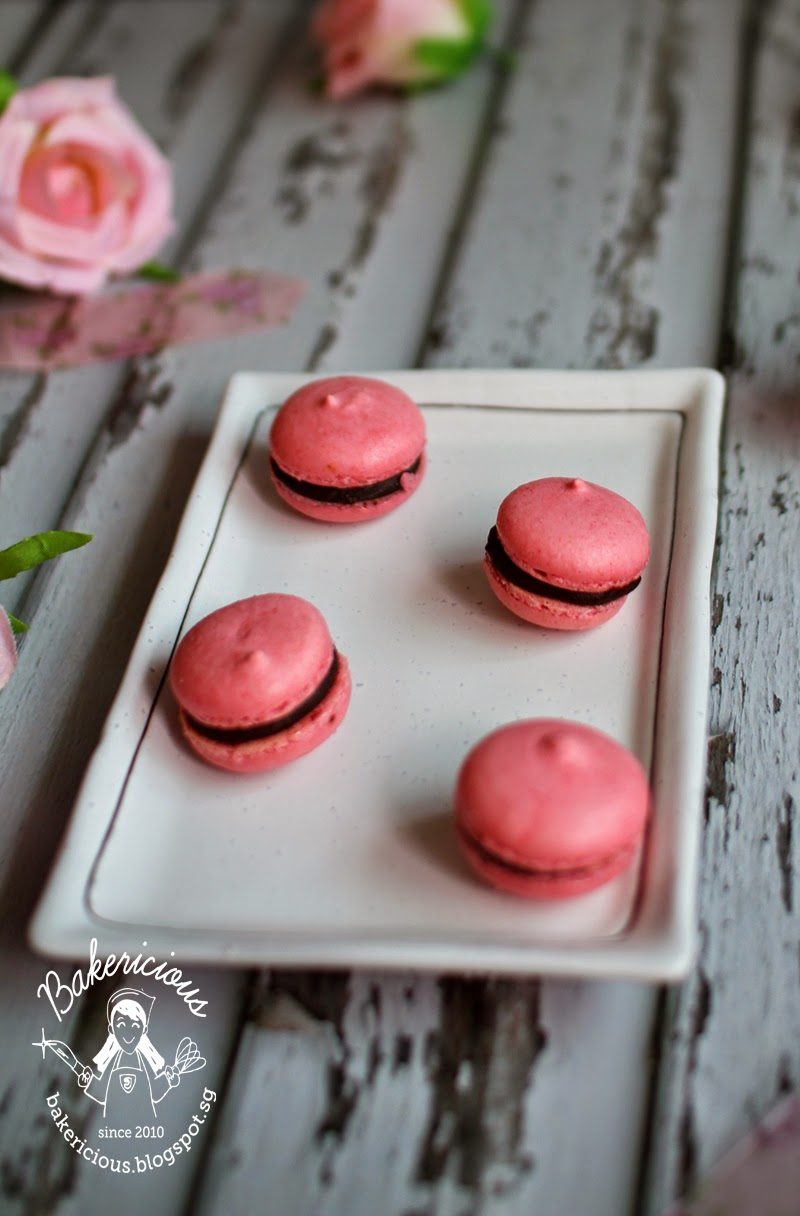how to make the filling for macarons