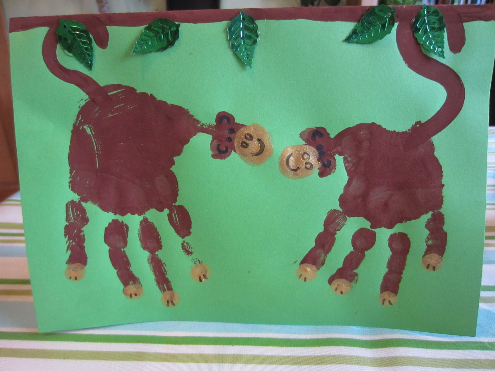 Totally toddlers more handprint art for Animals art and craft for preschoolers