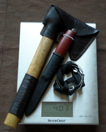 Sierra, hacha y cuchillo, la alternativa lógica a un único cuchillo grande 403