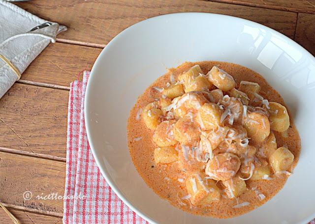 ricetta di gnocchi di patate alla Monterosa