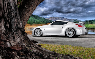White Nissan 370Z HD Wallpaper