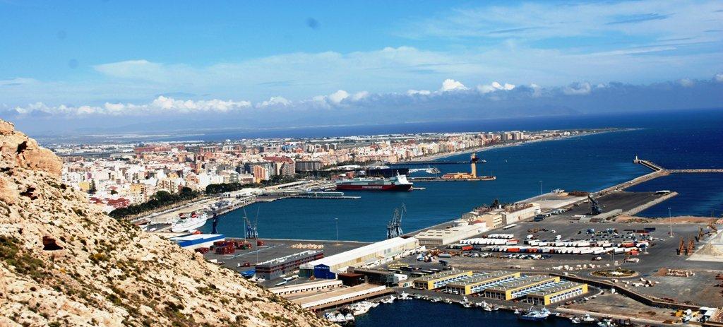 Almeria m sica cultura deportes ocio la ciudad - Puerta europa almeria ...
