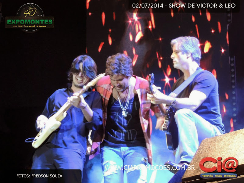 Blog Victor Chaves: Fotos do show em Montes Claros/MG - 02/07 title=