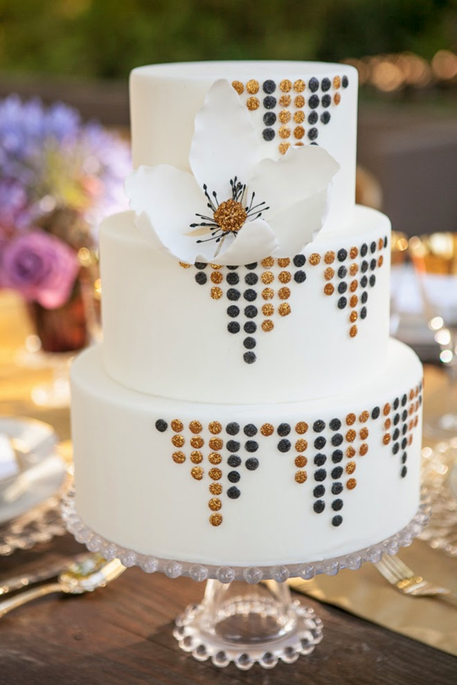 TestOld Hollywood Glam meets Art Deco Wedding Inspiration   Belle The  . Old Hollywood Wedding Cakes. Home Design Ideas