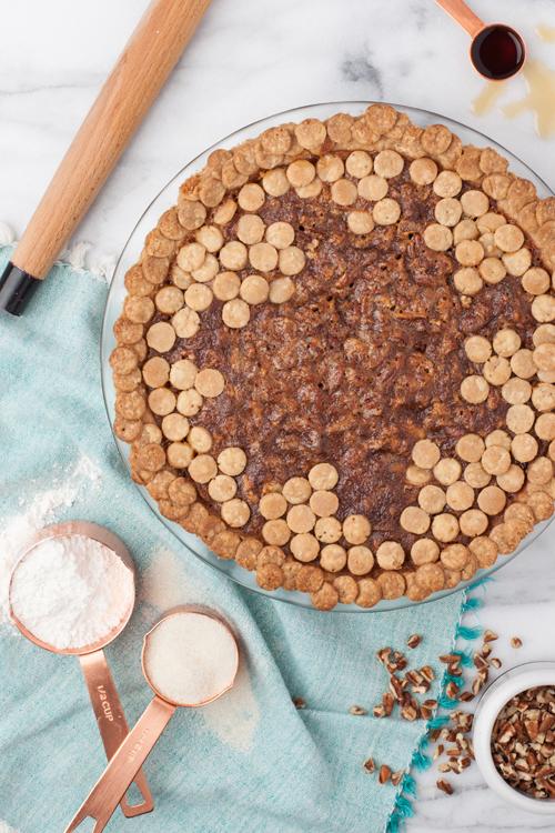 Dot pie crust.