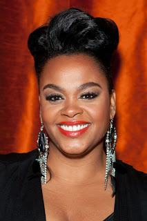 Picture of Singer/Songwriter Jill Scott who had postpartum depression