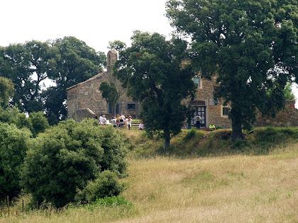 L'ermita de Sant Mateu des del Coll de Gallemí