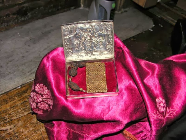 Φωτογραφίες από τα Τίμια Δώρα των Μάγων (Ιερά Μονή Αγίου Παύλου Αγίου Όρους) http://leipsanothiki.blogspot.be/