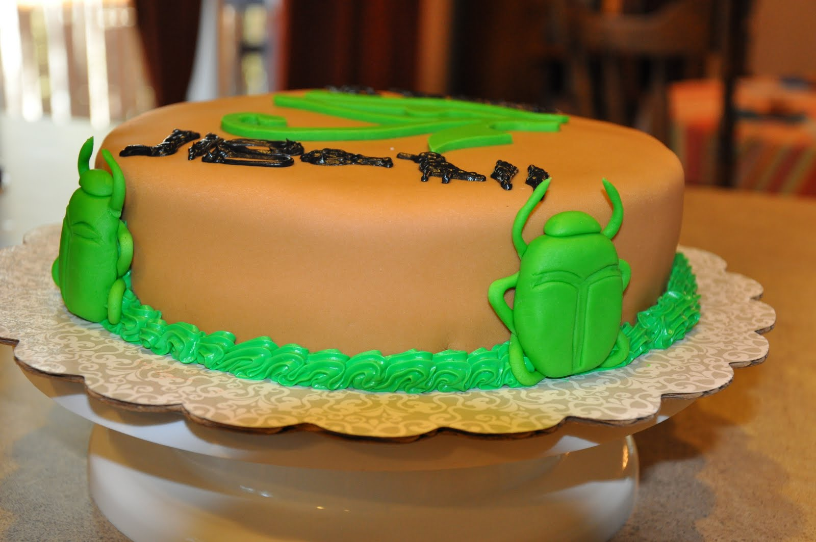 Egyptian Birthday Cakes http://cakecreationsbychristina.blogspot.com/