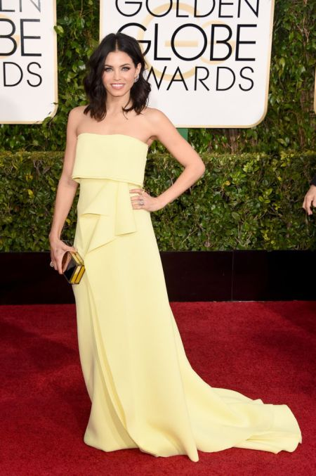 Jenna Dewan-Tatum in a Carolina Herrera frock at the Golden Globes 2015