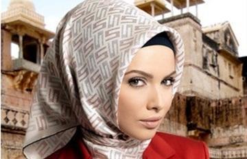 خبيرة موضة: ربطة الحجاب الإسبانية هى الأنسب لذوات الوجه الطويل - حجاب تركى - امرأة محجبة جميلة جدا