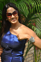 Pavani Reddy Hot Stills At Fashion Destination Launching,