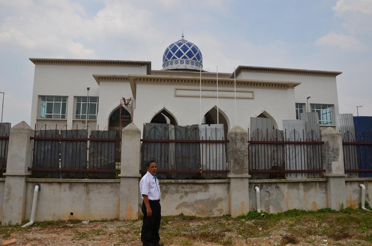 Dr Shafie Abu Bakar Pembinaan Kompleks Islam Sekolah Agama Di Dun Bangi Penurapan Jalan Jalan