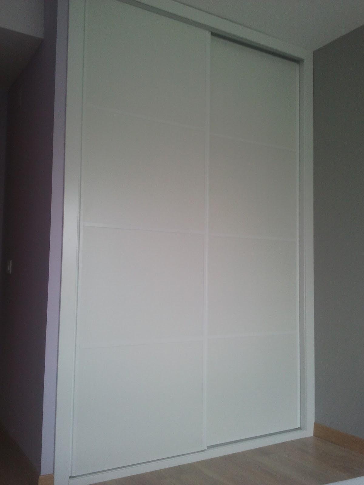 Montaje armario empotrado puertas correderas lacado blanco - Armario empotrado blanco ...